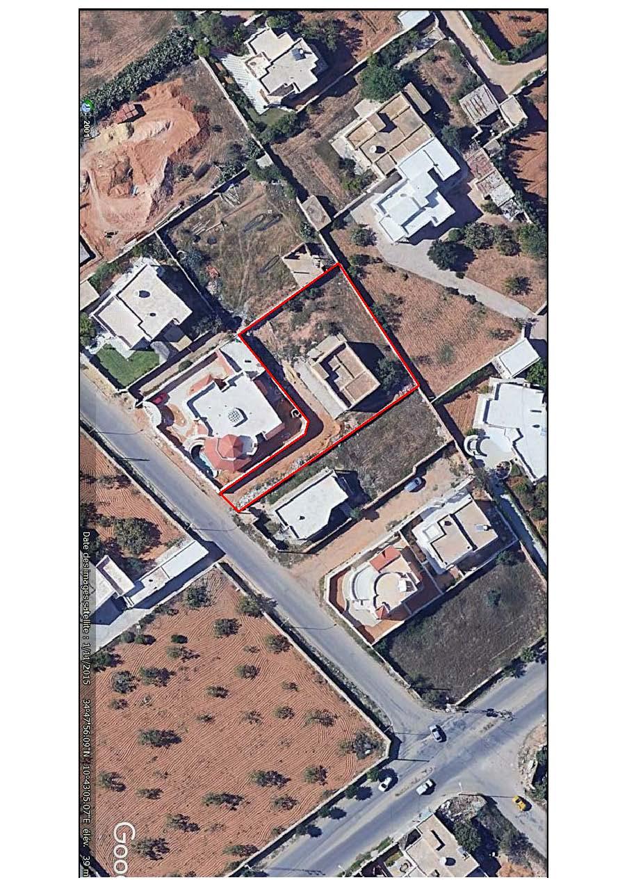 Terrain clôturé de 1063 m2 - bouzayen - route de gremda km 7