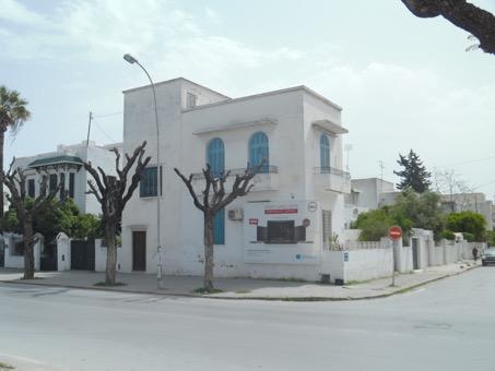 Av villa sur terrain de 319 m2 rue alain-savary