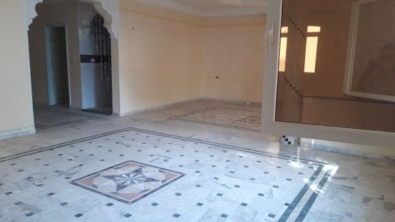 Un étage de villa de standing à sahloul