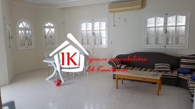 A vendre une belle villa avec un studio à akouda