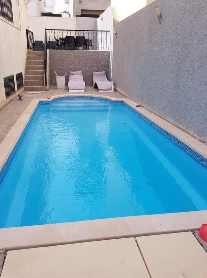 A vendre villa bien entretenue jardin d'el menzah 1