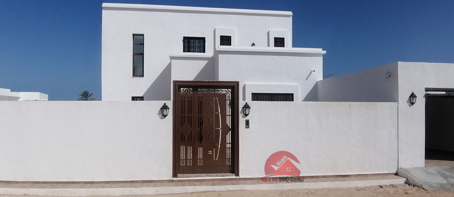 A vendre une grande villa neuve a houmt souk djerba