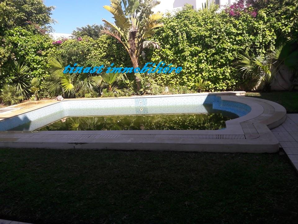Une villa s+4 à yassmine hammamet pour la location estivale