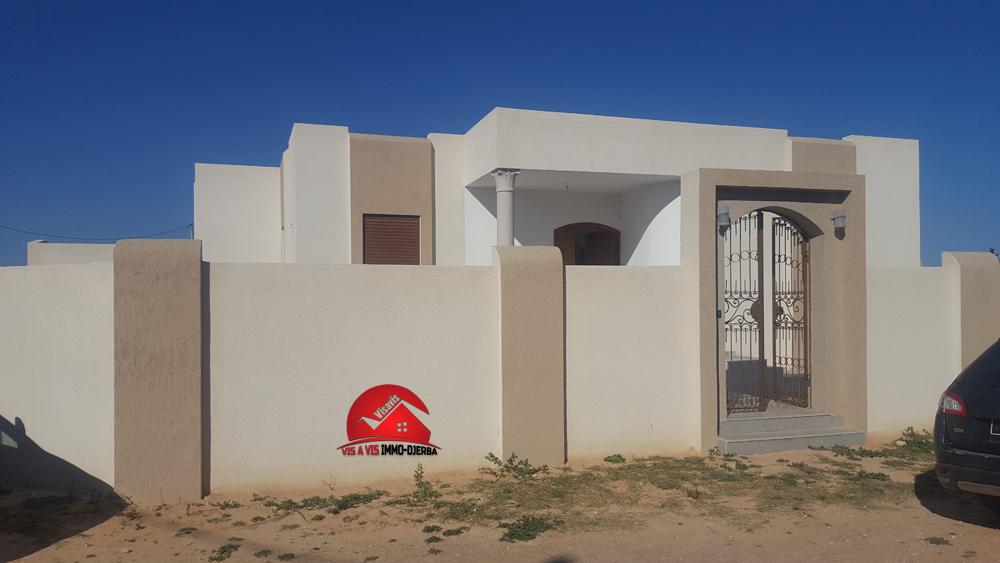 :villa neuve en zone urbaine - houmt souk djerba