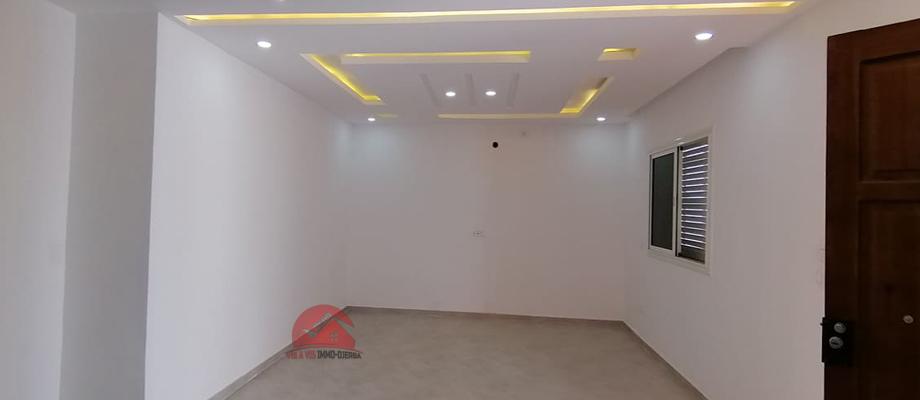 Location annuelle d une maison neuve sans meubles a houmt souk djerba