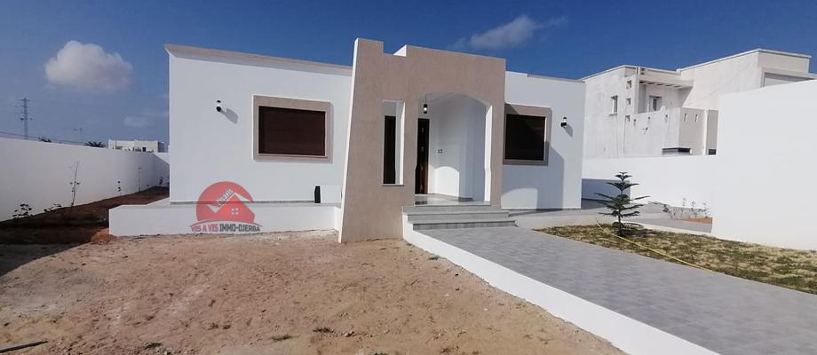 A vendre une villa neuve de plain pied a houmt souk djerba