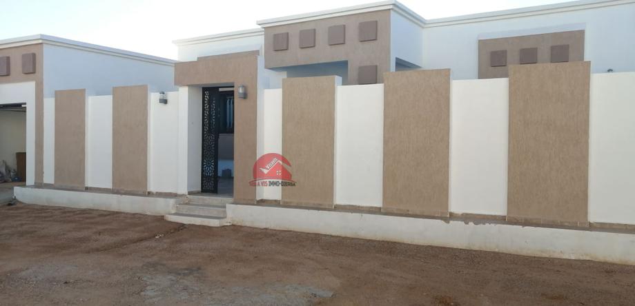 A vendre une maison neuve a houmt souk djerba