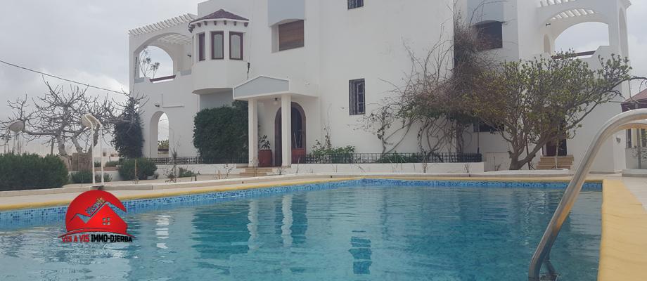 Villa meublée avec piscine commune - zone touristique midoun djerbadetail: