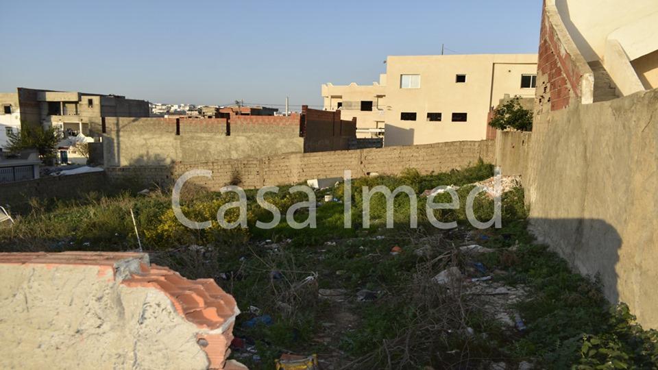 Un terrain a jardin el manzeh