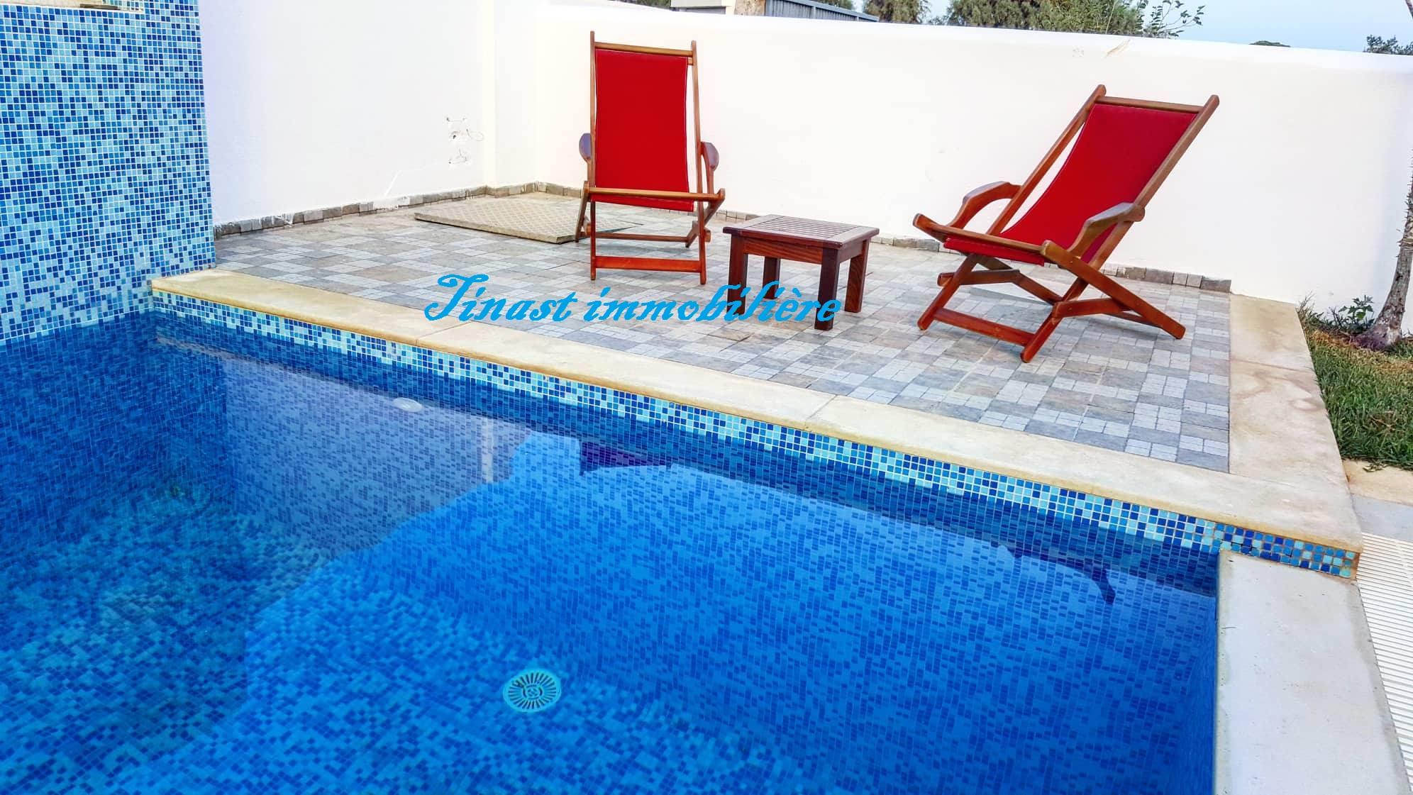 Une villa s+2  avec piscine pour la location estivale