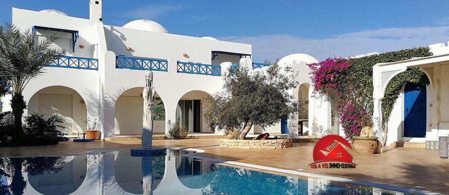 Grande villa meublée - a vendre a djerba houmt souk