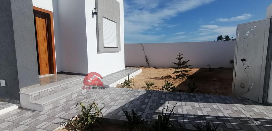 A vendre une villa neuve a houmt souk djerba