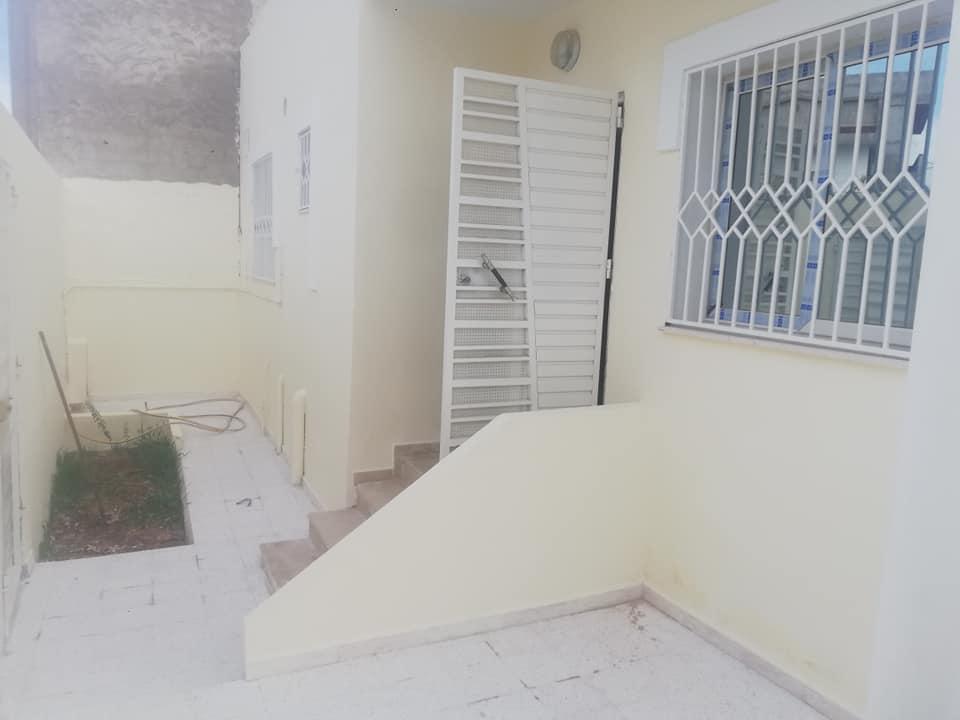 منزل في مكان هادي في المحمدية snit