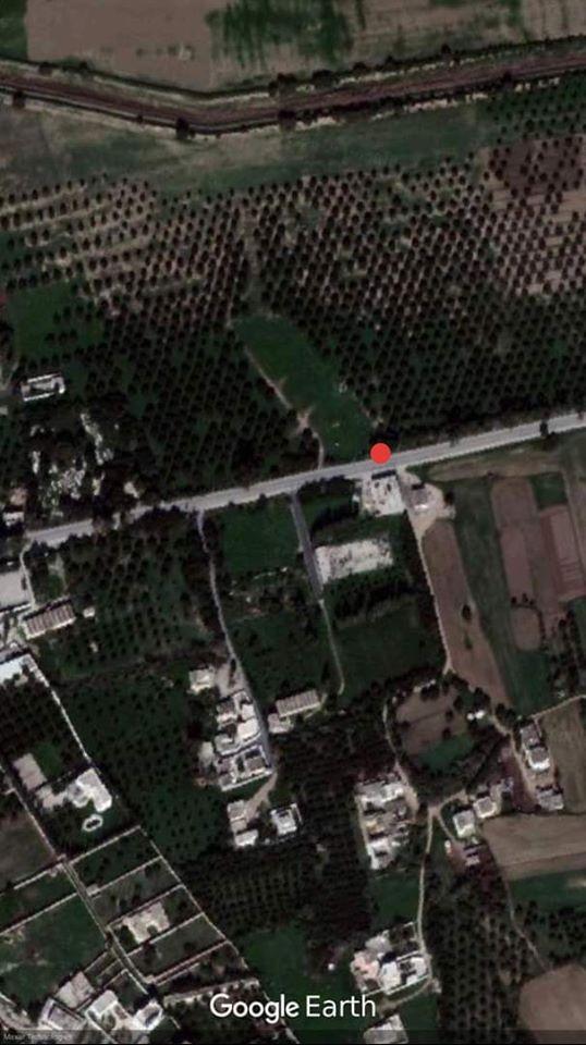 A vendre dépôt 520m sur terrain 600m2 sur la route principale de borj touil ariana 5min à géant